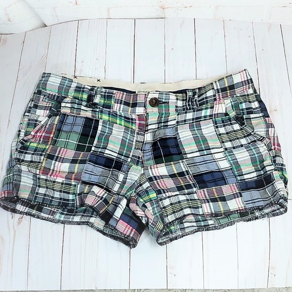 American Eagle Outfitters Pants - AMERICAN EAGLE OUTFITTERS PLAID SHORTS SIZE 10